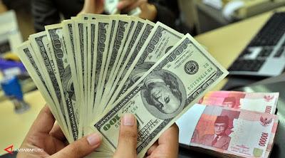 Satu Dolar Setara Rp12.000