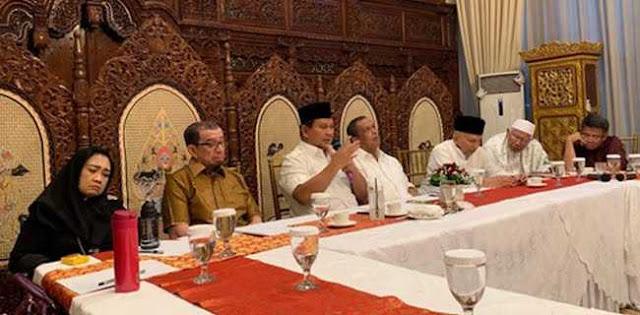 """Saat Prabowo Sampaikan """"Ini Bisa Jadi Rapat Terakhir"""", Suasana Jadi Hening, Sumedhot.."""