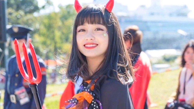 Special Halloween : Begini Cantiknya Kanna Hashimoto Saat Ber-Cosplay