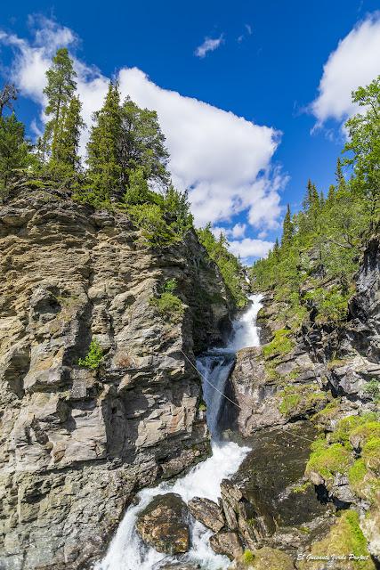 Cataratas río Ula en Rondane - Noruega, por El Guisante Verde Project