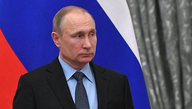 Ο Πούτιν είπε ότι η Ρωσία δεν θα εκδώσει τις ΗΠΑ αυτούς που κατηγορούνται για ανάμιξη στις εκλογές