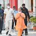 योगी आदित्यनाथ आज गुरुवार को गोरखपुर में