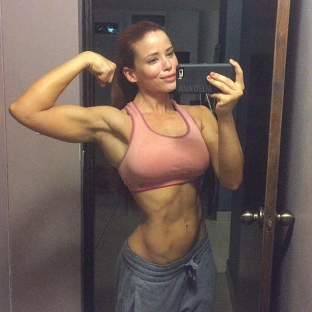 Fitness Model Ana Delia De Iturrondo @anadeliafitness Instagram photos