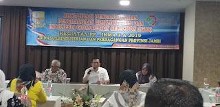 Kadis Disperindag Provinsi Jambi Secara Resmi Membuka Sosialisasi Penganugerahan Penghargaan Upakarti Dan Indonesia Good Design Selection (IGDS).