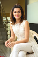 Taapsee Pannu in cream Sleeveless Kurti and Leggings at interview about Anando hma ~  Exclusive Celebrities Galleries 009.JPG