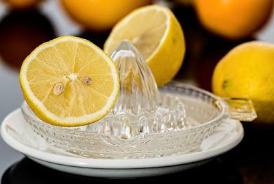 gambar Apakah benar buah lemon bisa turunkan berat badan
