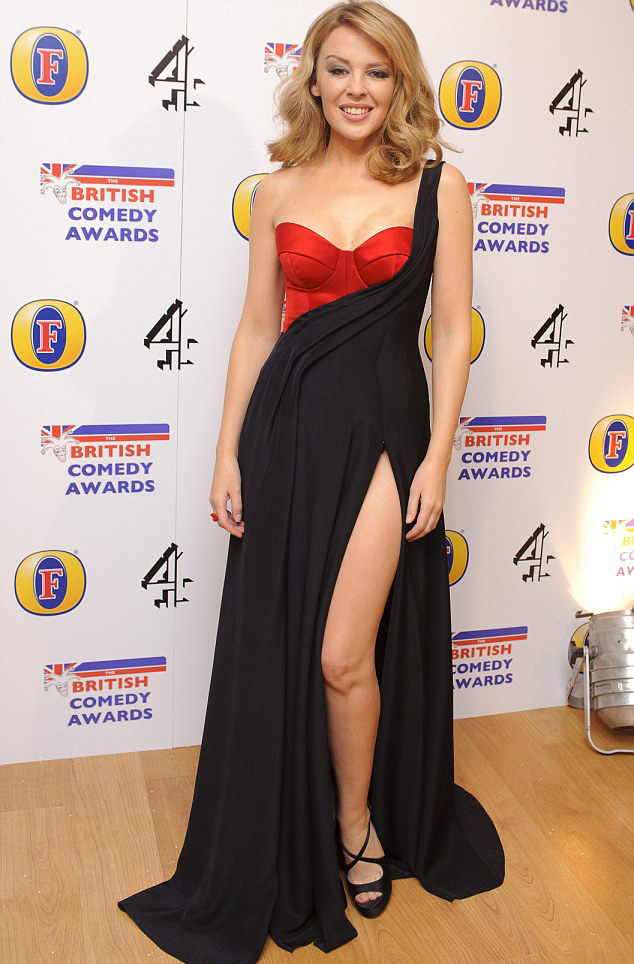 Watch Kylie Minogue Receives Dance Floor Hero Award At: WATCH: Kylie At British Comedy Awards