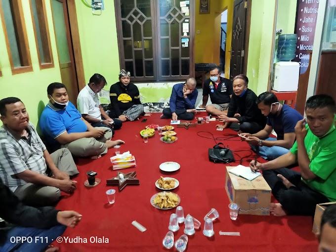 Gregetan: Pekerja Seni di Tuban Rapat Delegasi, Undang Anggota DPR Demi New Normal Berprotokol