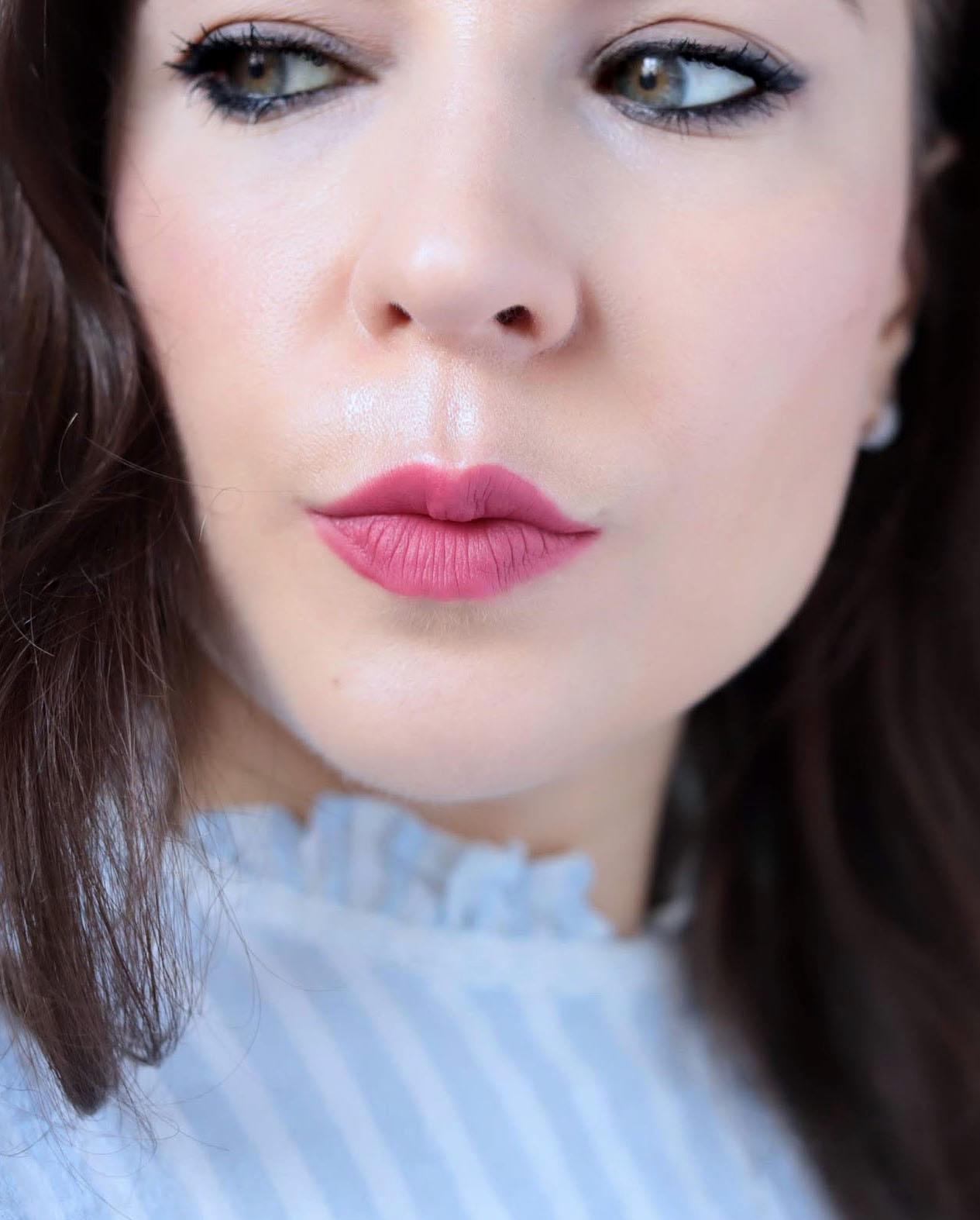 Dear Dahlia Lip Mousse Rouge A Lèvres Mat Sangria swatch