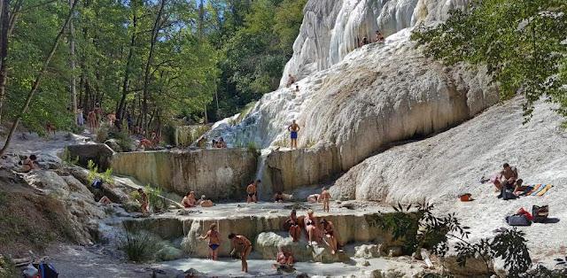 Bagni di San Filippo Terme libere - Travel blog Viaggynfo