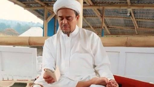 Jokowi Lebih Baik Urus TKI yang Bermasalah Ketimbang Pikirkan Kepulangan Rizieq