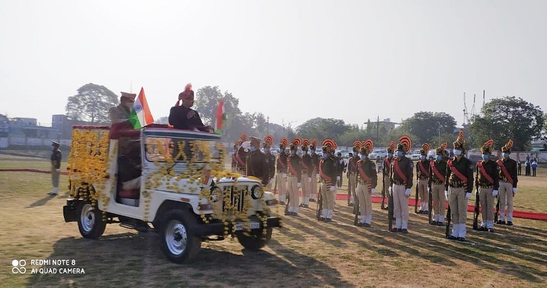 72 वे गणतंत्र दिवस पर कलेक्टर रोहित सिंह ने किया ध्वजारोहण