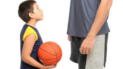 Τι γίνεται όταν μία ομάδα δεν αφήνει ένα παιδί να πάει σε άλλη;