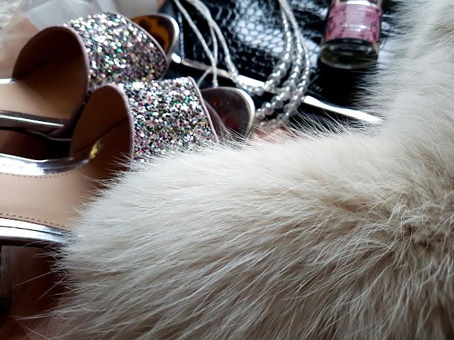 w co się ubrać na święta i sylwestra - sukienki na święta i sylwestra - świąteczne stylizacje - dresslily 19