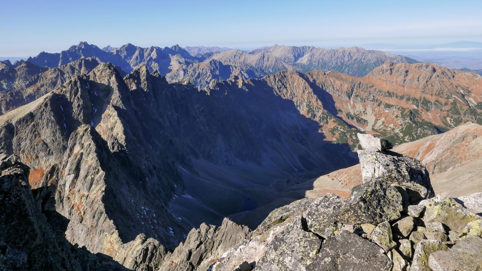 Dolina Zadnia Jaworowa, Široká veža mały lodowy szczyt panorama tatry wysokie lomnica