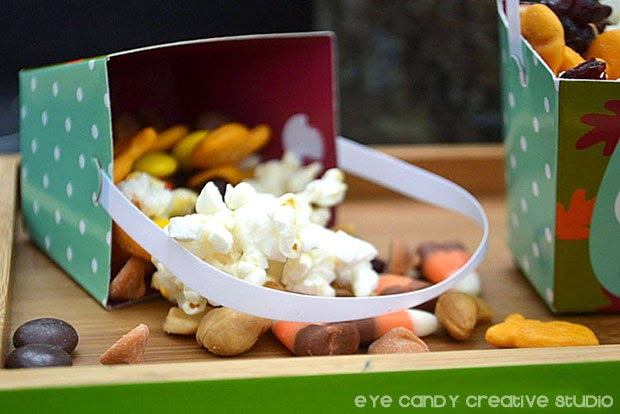 trail mix snack, making trail mix, fall snack idea, thanksgiving snack