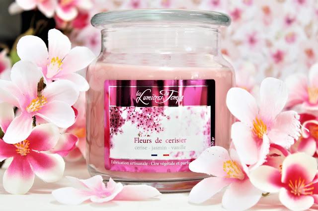 Fleurs de Cerisier Les Lumières du Temps avis, les lumières du temps fleurs de cerisier, bougie parfumée fleur de cerisier, parfum fleur de cerisier, bougie parfumée cerise, bonbonnière les lumieres du temps, bougie les lumières du temps avis, bougie parfumée les lumières du temps, cherry blossom candle