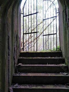 Mytholmroyd WW2 air raid shelter derelictmanchester.com