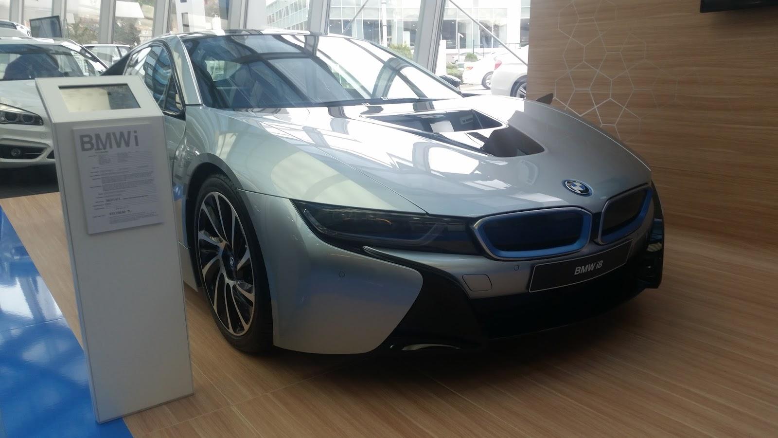 bmw i8 showroom İnceleme !!! | turgut alkim tutumlu car designer