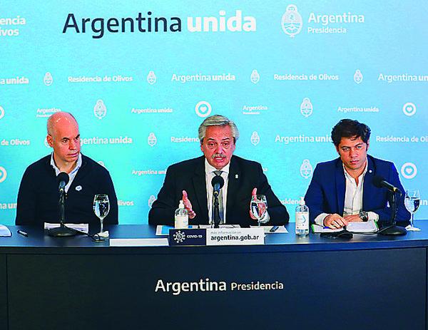 Gobierno argentino se disculpa con Chile luego de exhibir cifras erróneas de covid-19
