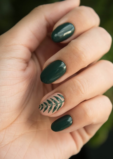 nail-shapes-oval