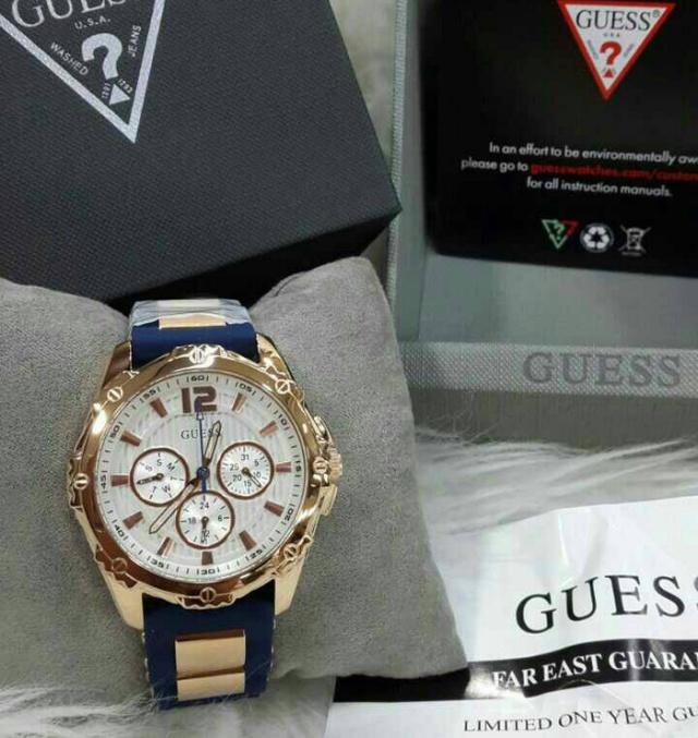 Jam Tangan Guess W0325L8