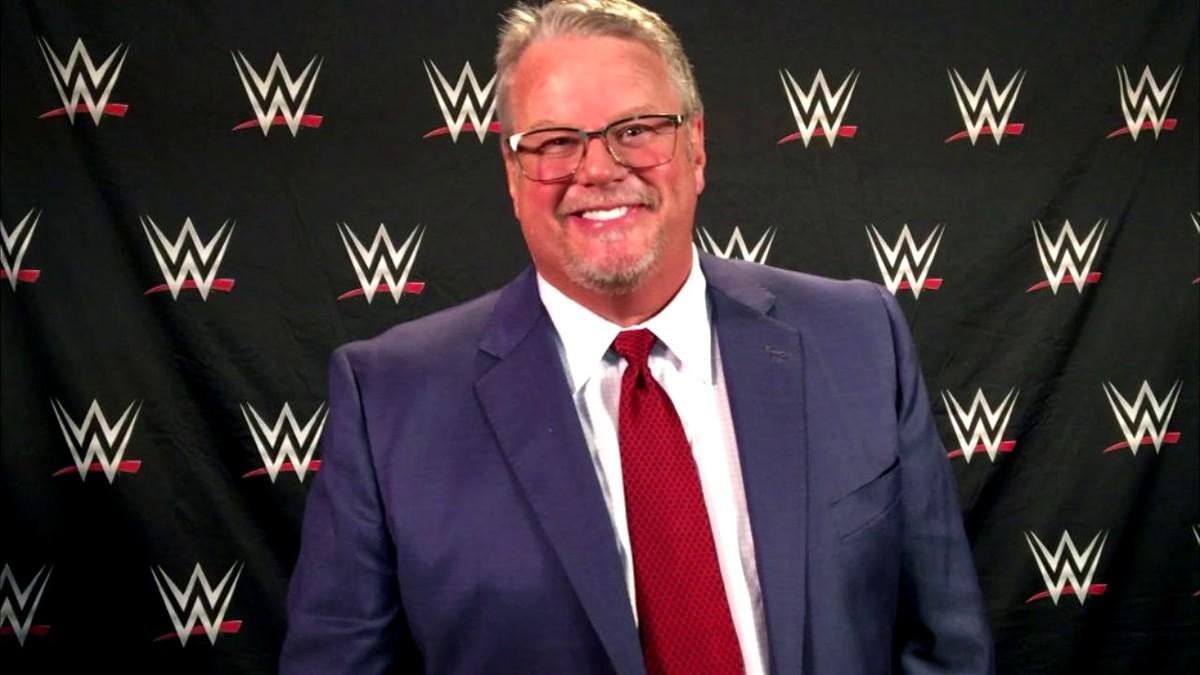 Bruce Prichard está sendo mau visto pelos superstars da WWE
