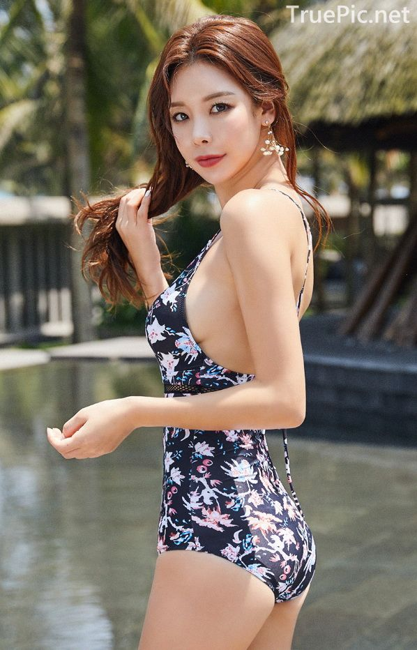 Park Da Hyun - Lestrange Flower Swimsuit - Korean fashion - 200208