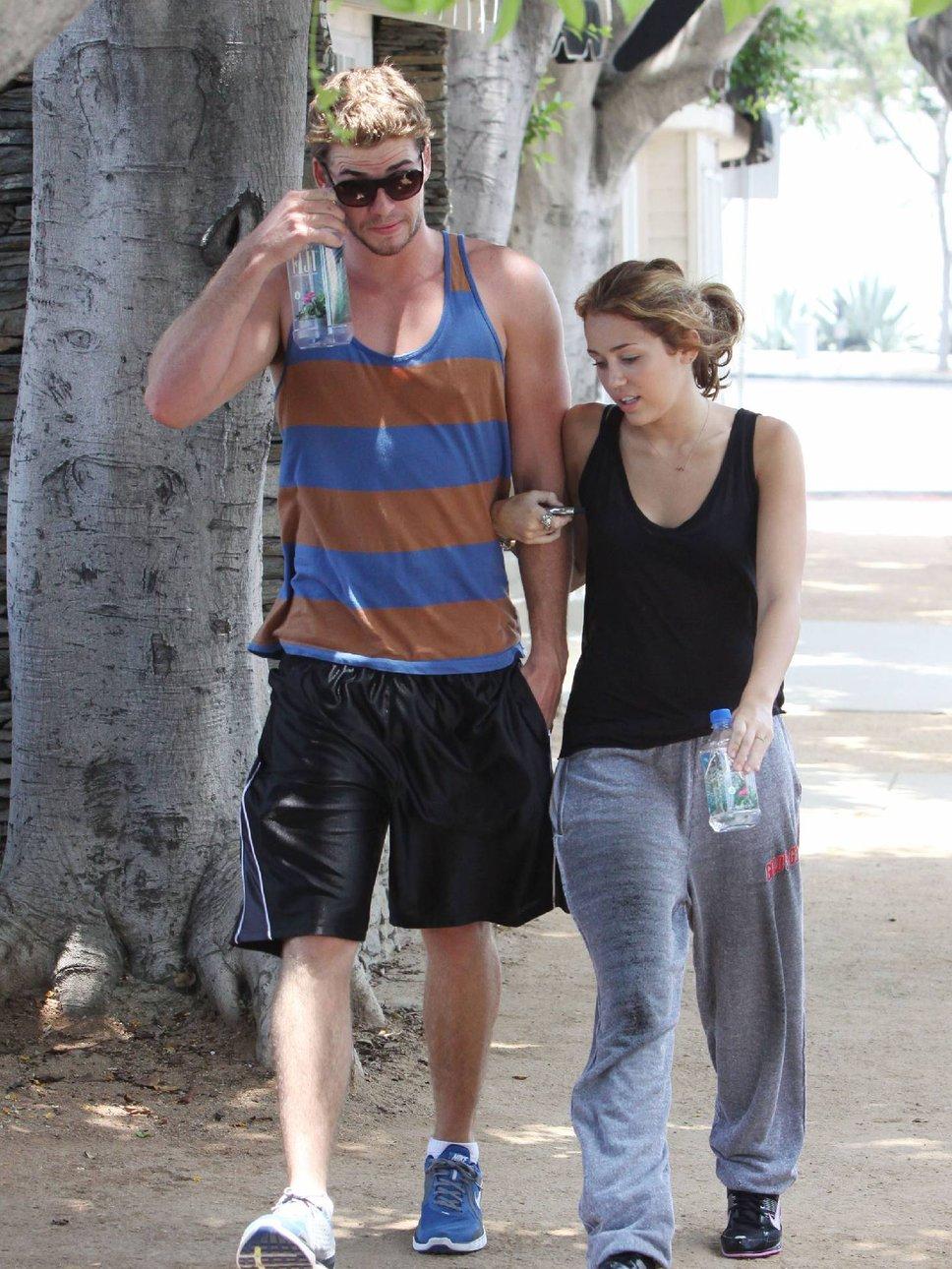 Liam Hemsworth Workout And Diet Secret