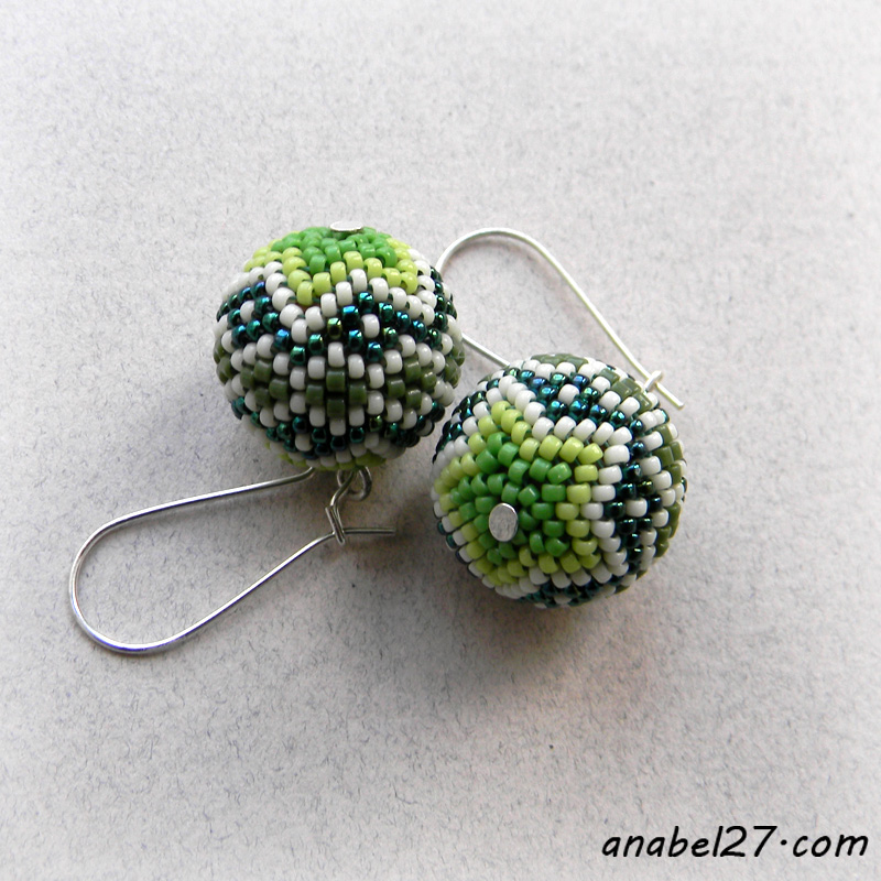 beaded bead earrinfs seed bead earrings green jewelry beadwork