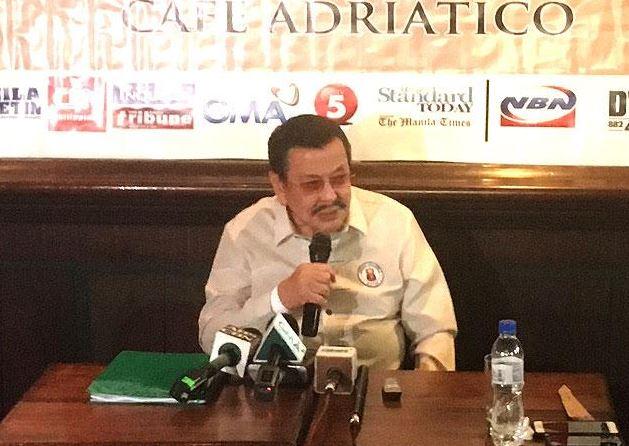 Manila Mayor Erap Estrada Orders Resignation Of 690 Manila Traffic Enforcers!