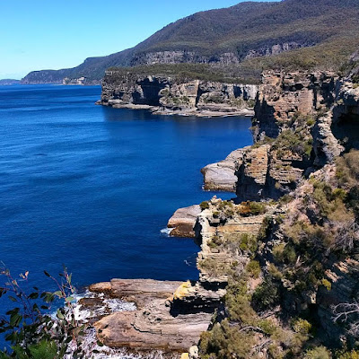 Hobart to Port Arthur: Coastal views on the Tasman Peninsula in Tasmania
