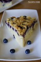 (Jogurtowe ciasto z borówkami i kruszonką