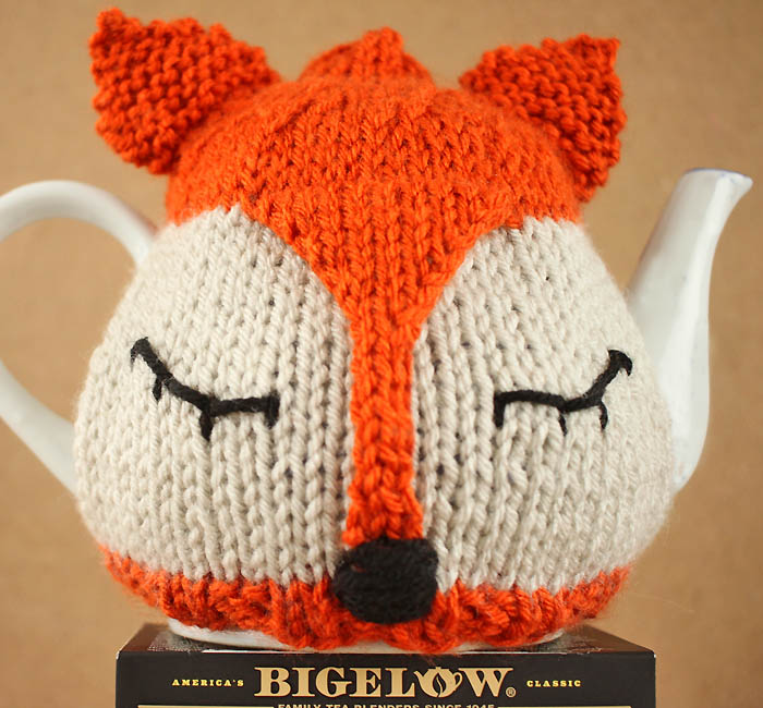 Boot Leg Warmers Knitting Pattern : Fox Tea Cosy Free Knitting Pattern and Tea Proudly with Bigelow Tea - Gina Mi...