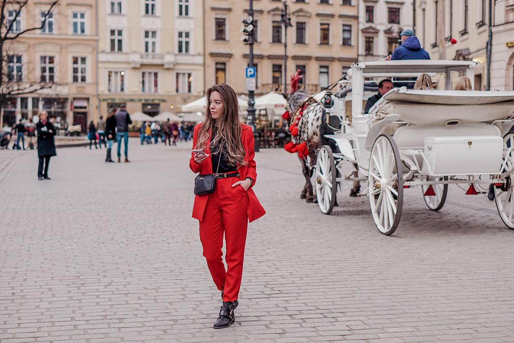 czerwonygarnitur_pivonia3.jpg