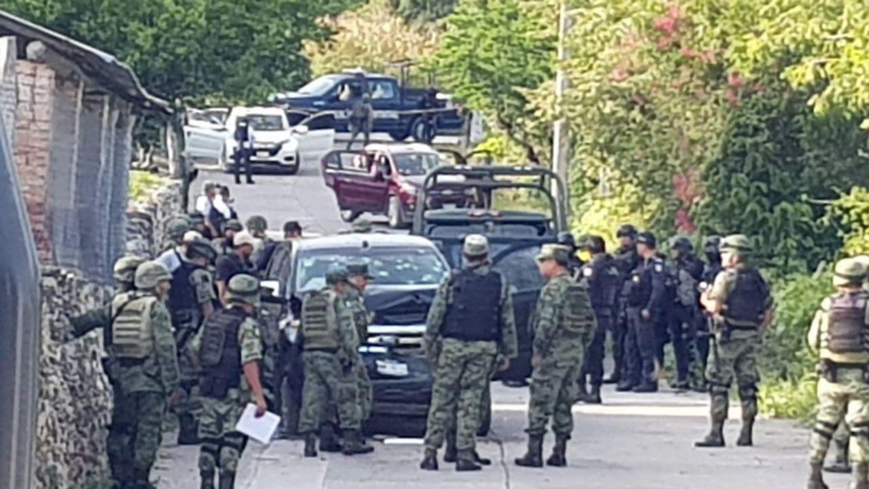 El Presidente niega que muerte de 14 Sicarios en Iguala; Guerrero sea un estate quieto por la muerte de policías en Aguililla; Michoacán