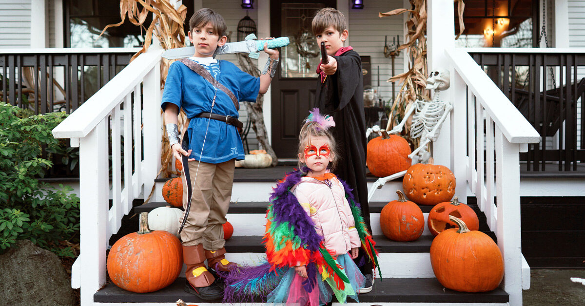 Children_Stairs_Halloween_images-2021-uptodatedaily