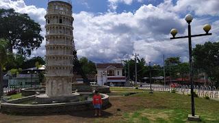 3 Menara