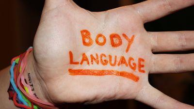 تلخيص دورة لغة الجسد