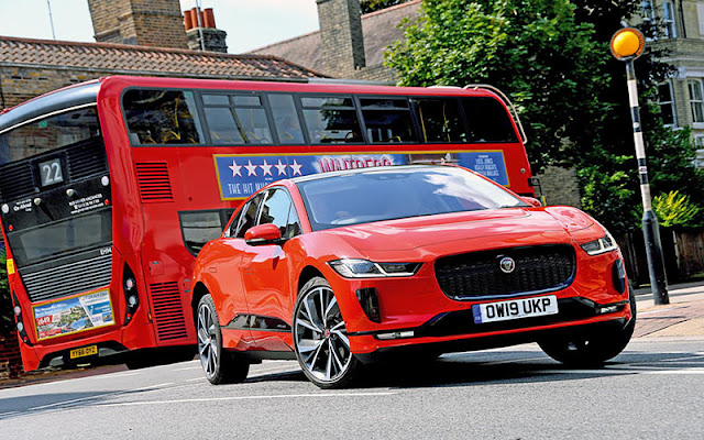 Jaguar I - Pace có thiết kế đầu xe với lưới tản nhiệt họa tiết kim cương