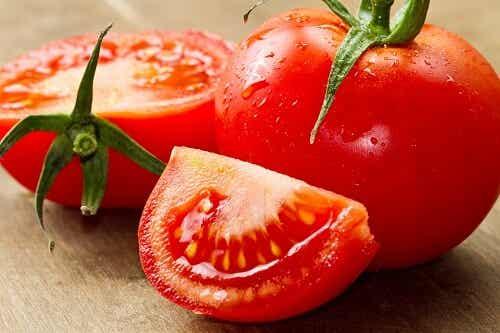 Cà chua giúp tẩy lông