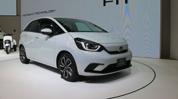Cocok Untuk Milenial, Berikut 3 Deretan Mobil Honda Yang Disukai Anak Muda