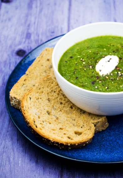 BEST EVER SPINACH CARROT AND LEEK SOUP