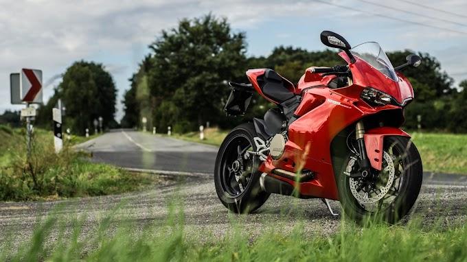 Moto Vermelha Ducati 1299 Panigale