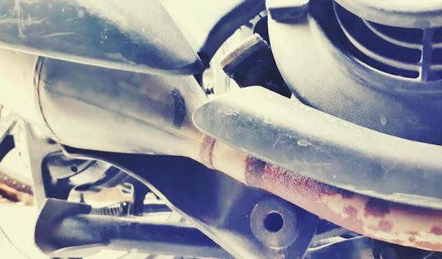 knalpot motor bocor