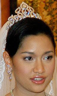Diamond Flame Tiara Queen Saleha Brunei Princess Huda Bahaaul