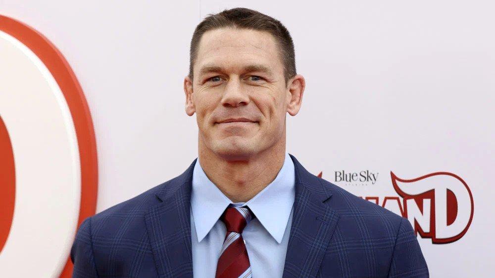 John Cena esbanja grande forma física em vídeo comemorativo de 44 anos