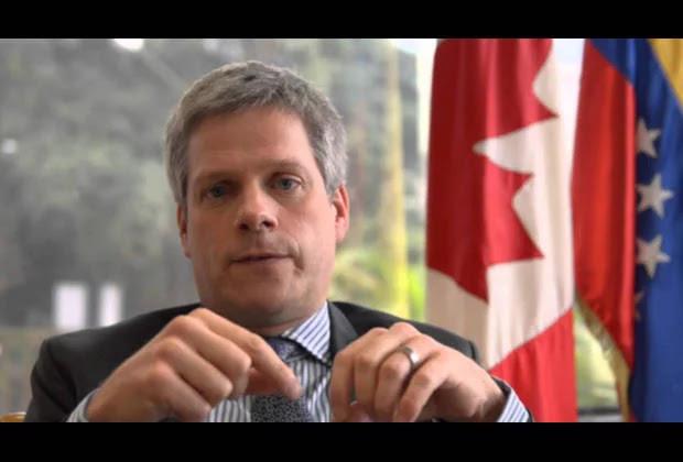 Exembajador de Canadá: Debe activarse la R2P para Venezuela