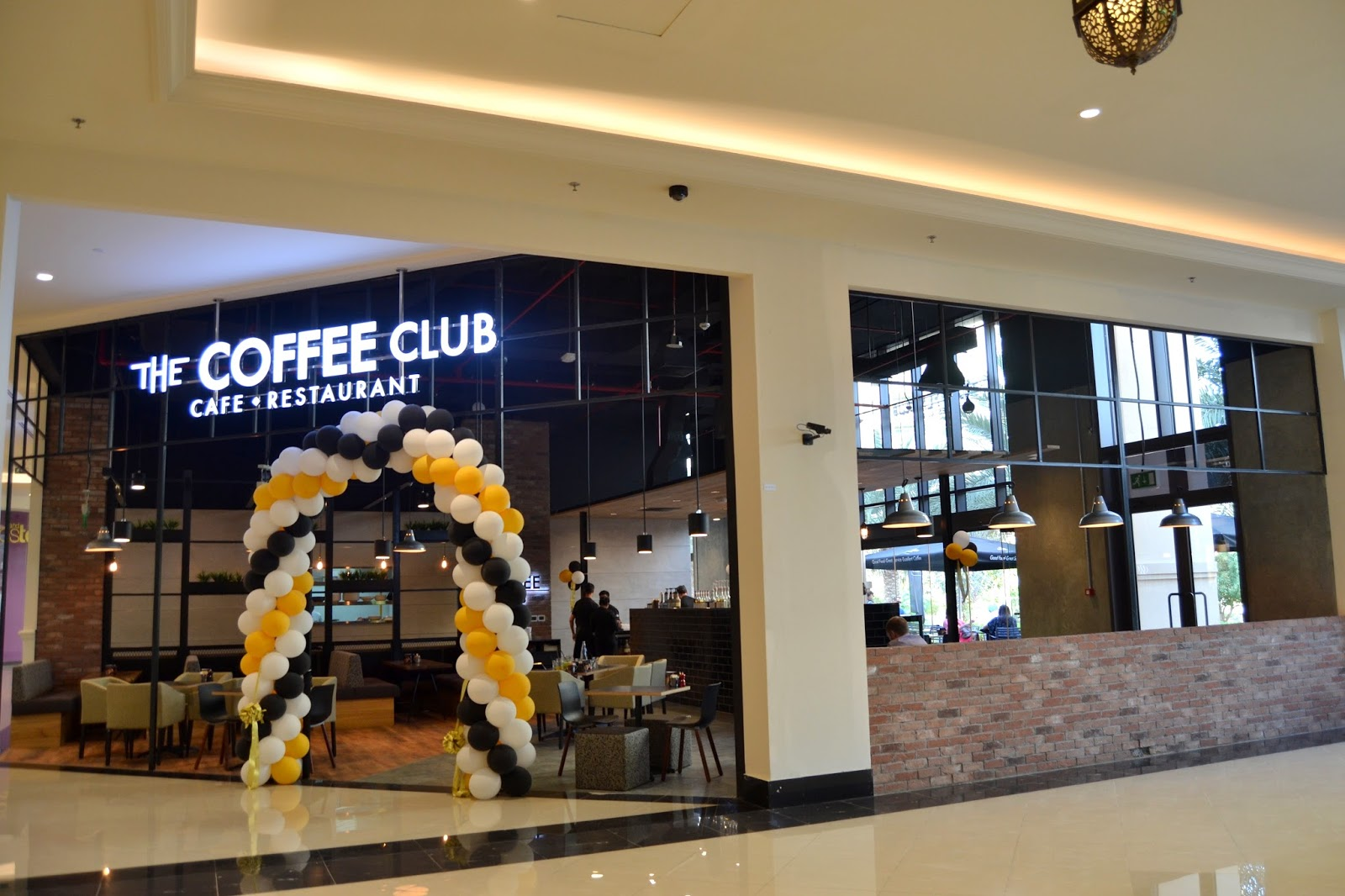 coffe club Find the coffee club at highpoint shopping centre.