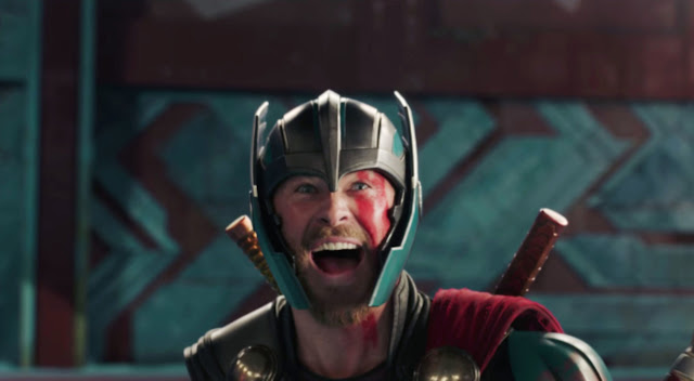 Find someone who looks at you the way Chris Hemsworth can play a reaction shot